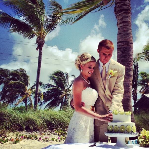 "@SimsJames: ""An island wedding."""