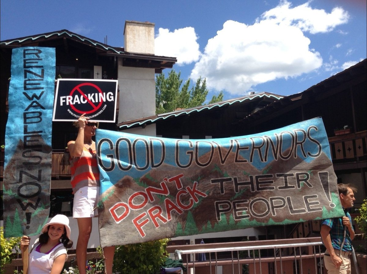 """Dozens of organizations <a href=""""http://www.huffingtonpost.com/2013/07/15/fracking-protesters-follo_n_3600579.html"""" target=""""_"""
