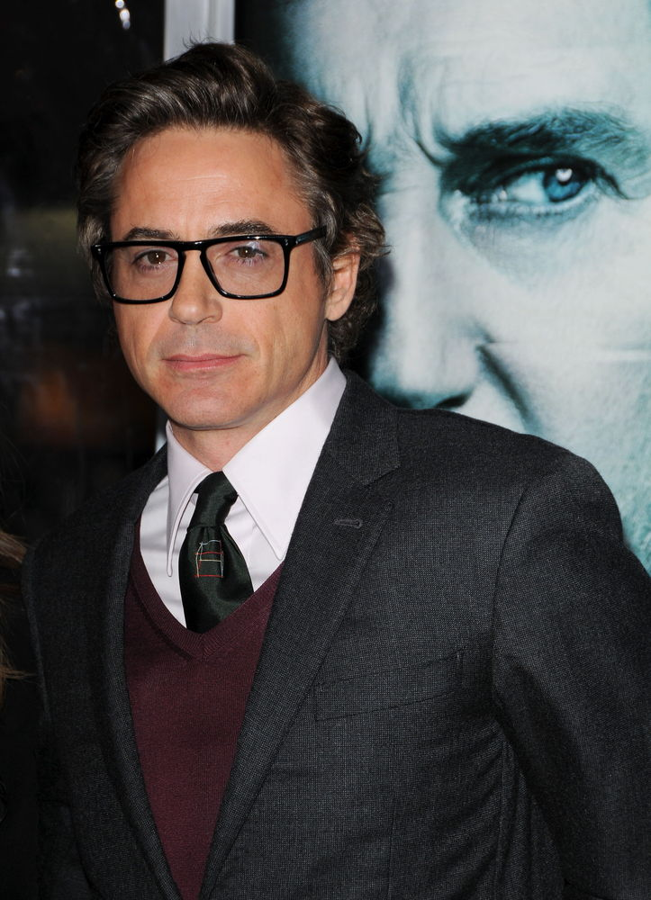 """<a href=""""http://www.dailyrecord.co.uk/entertainment/celebrity/robert-downey-jr-reveals-he-has-never-1089653"""" target=""""_blank"""">"""