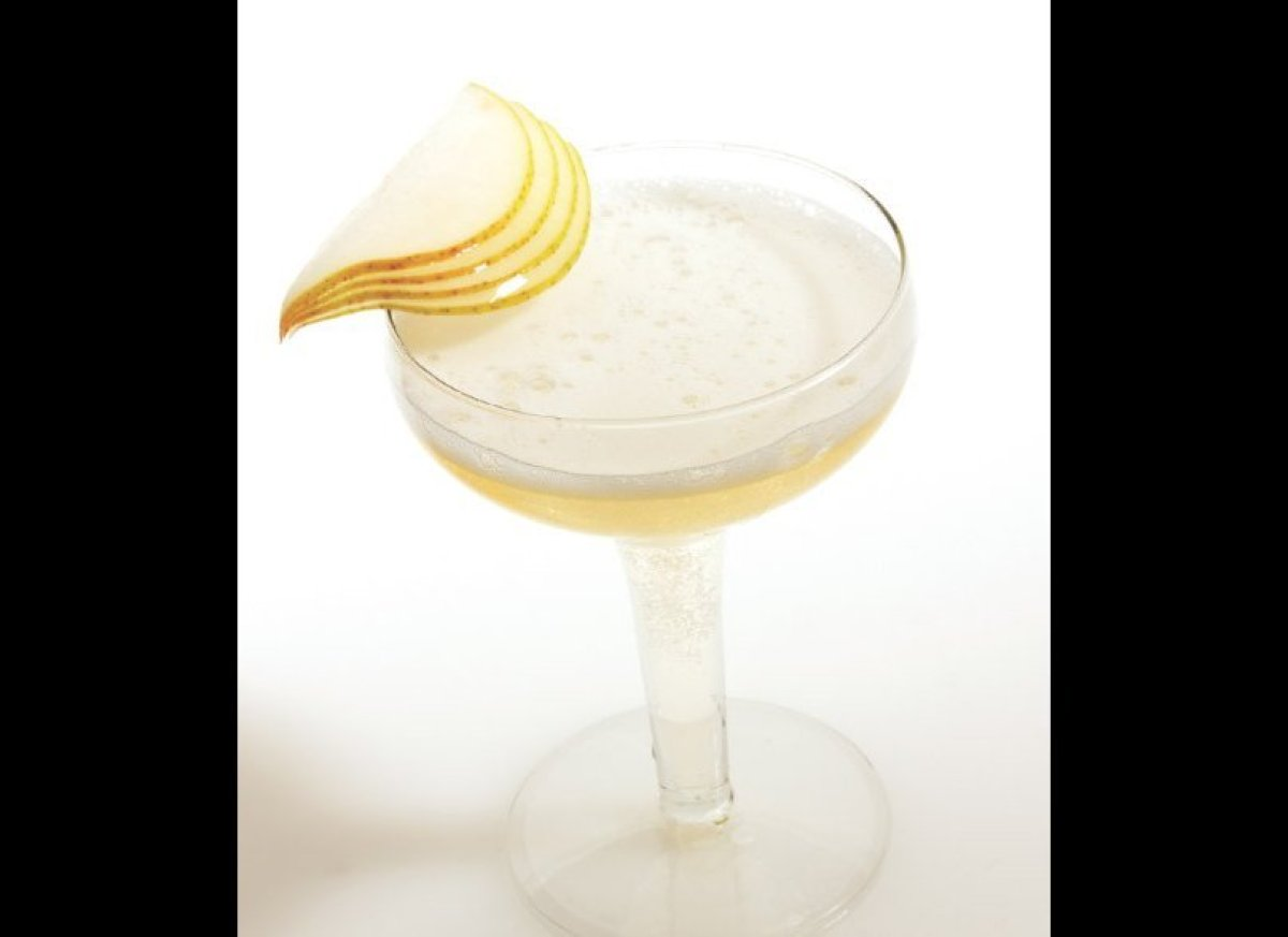 """<a href=""""http://imbibemagazine.com/Champagne-Pear-Recipe"""" target=""""_hplink""""><strong>Champagne Pear </strong></a> A simple coc"""