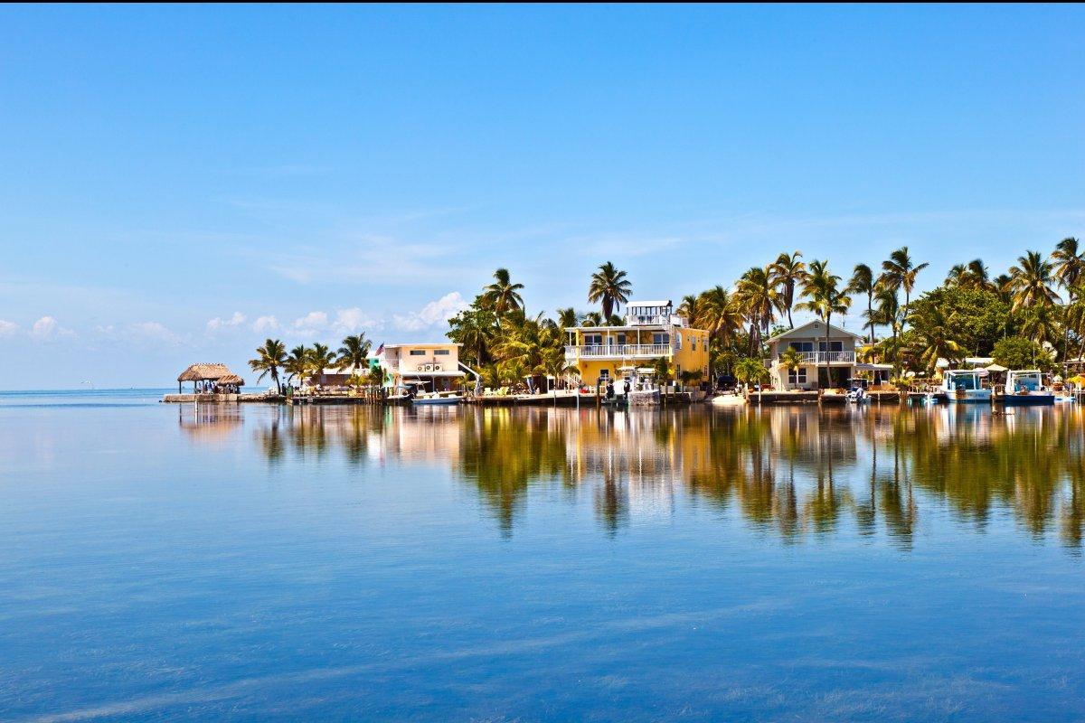 "<a href=""http://www.trivago.com/key-west-34385/hotel"">#12 Key West, FL</a></em> © Jörg Hackemann - Fotolia.com </em>"