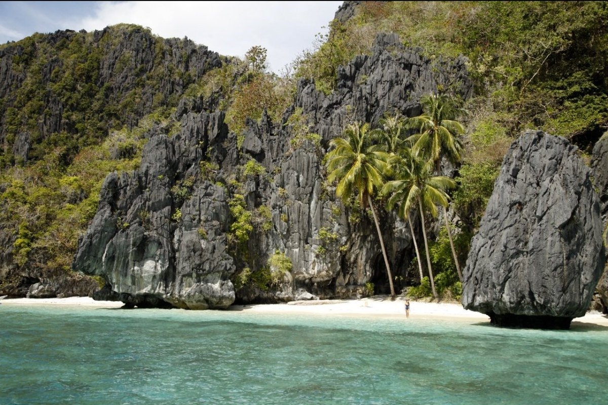 "<a href=""http://www.travelandleisure.com/articles/worlds-best-islands-2013/9"" target=""_hplink"">See More of the World's Best I"