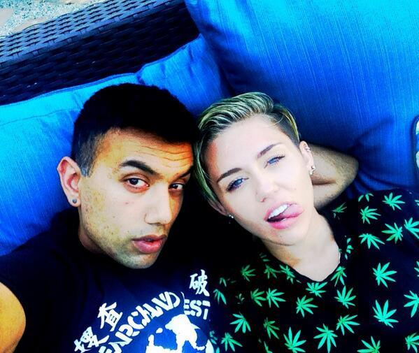 "Miley Cyrus has <a href=""https://twitter.com/MileyCyrus/status/369189167952973824"" target=""_blank"">captured a few photos of h"