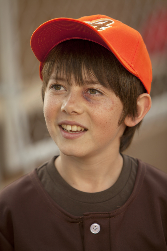 You might recognize this freckle-faced 13-year-old L.A. native from a few other small screen gigs. Gluck played Cooper's (Pau