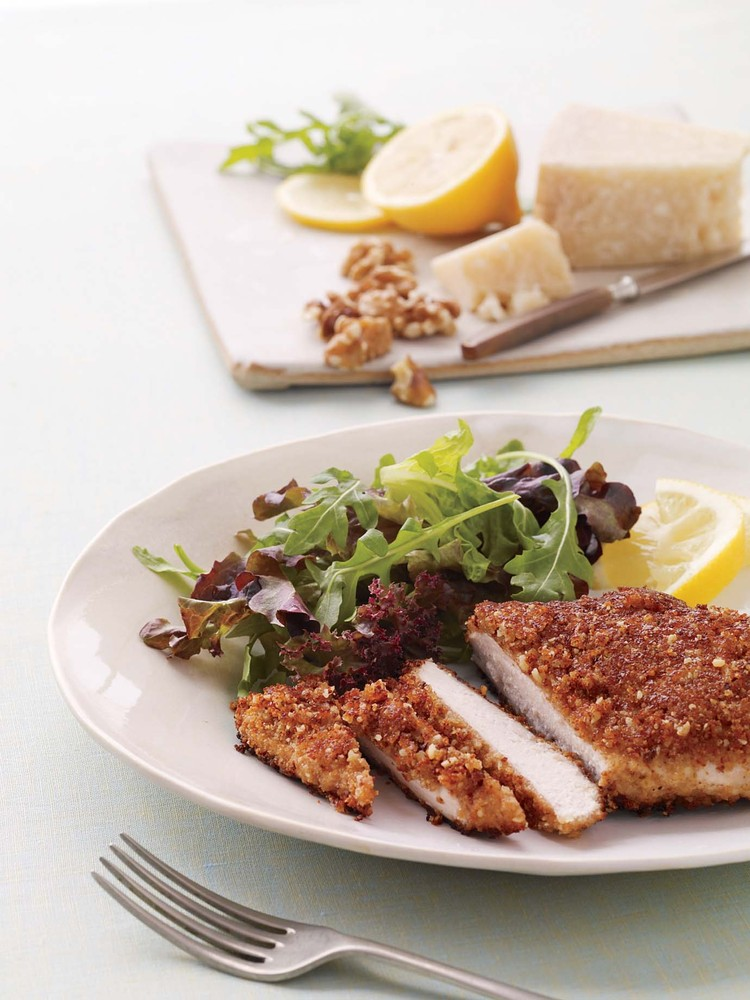 "Walnut-Crusted Chicken Breasts  <strong>Get the <a href=""http://www.marthastewart.com/355545/walnut-crusted-chicken-breasts"""