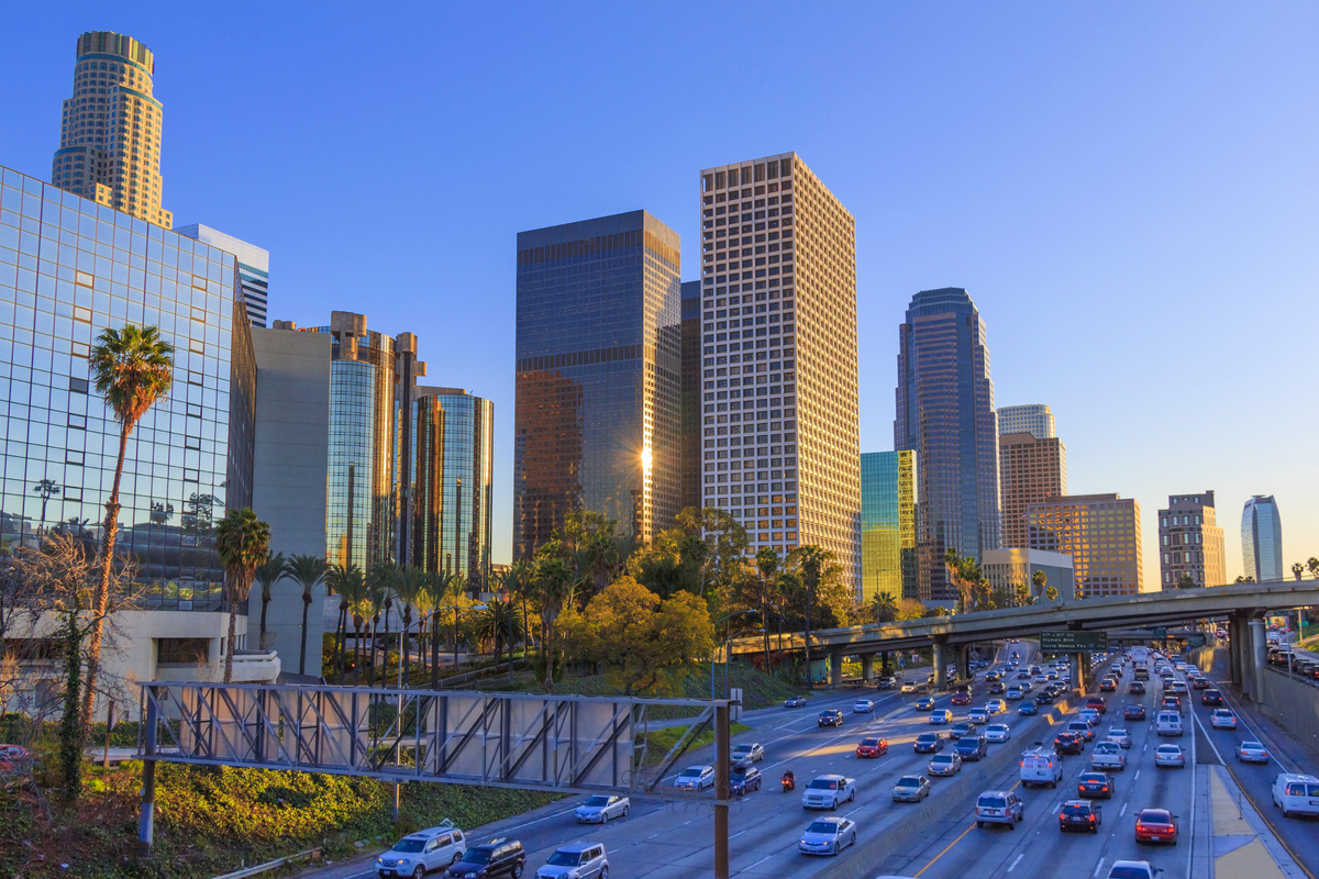 Once known for its smog, Los Angeles has turned to natural gas to help Angelinos enjoy brighter, bluer skies. Los Angeles Cou