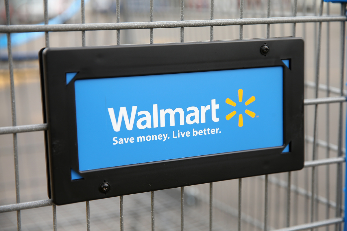 "<a href=""http://www.walmart.com/"" target=""_blank"">Walmart</a> is offering in-store deals on clothes, electronics and more. Bu"