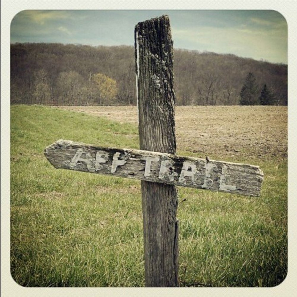 """<a href=""""http://www.cntraveler.com/daily-traveler/2012/04/hiking-day-trips-appalachian-trail-new-york?mbid=synd_huffpotravel"""""""