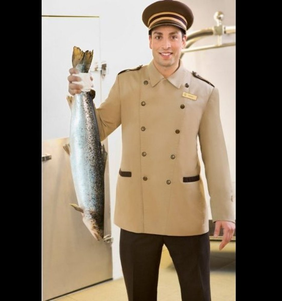 <strong>FISH VALET AT THE FAIRMONT VANCOUVER AIRPORT</strong>
