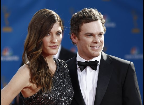 "Dexter stars Michael C. Hall and Jennifer Carpenter <a href=""http://www.huffingtonpost.com/2010/12/13/dexter-stars-split-mich"