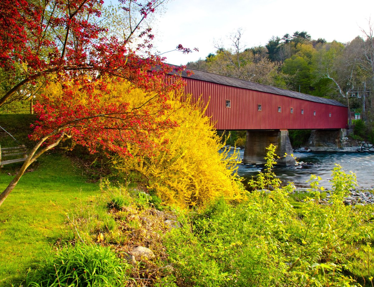 "<a href=""http://www.travelandleisure.com/articles/americas-most-beautiful-covered-bridges/9"">See More of America's Most Beaut"