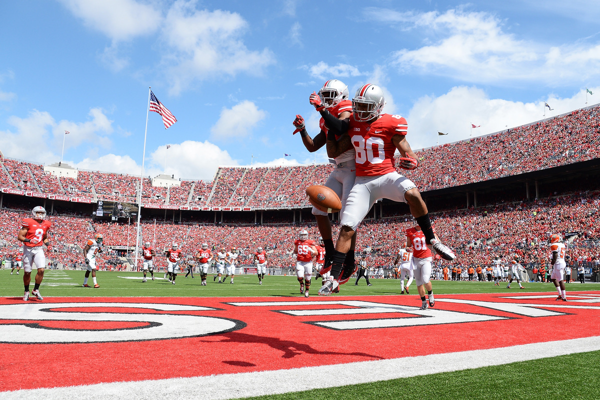 COLUMBUS, OH - SEPTEMBER 21:  Chris Fields #80 of the Ohio State Buckeyes celebrates his 16-yard touchdown catch in the secon