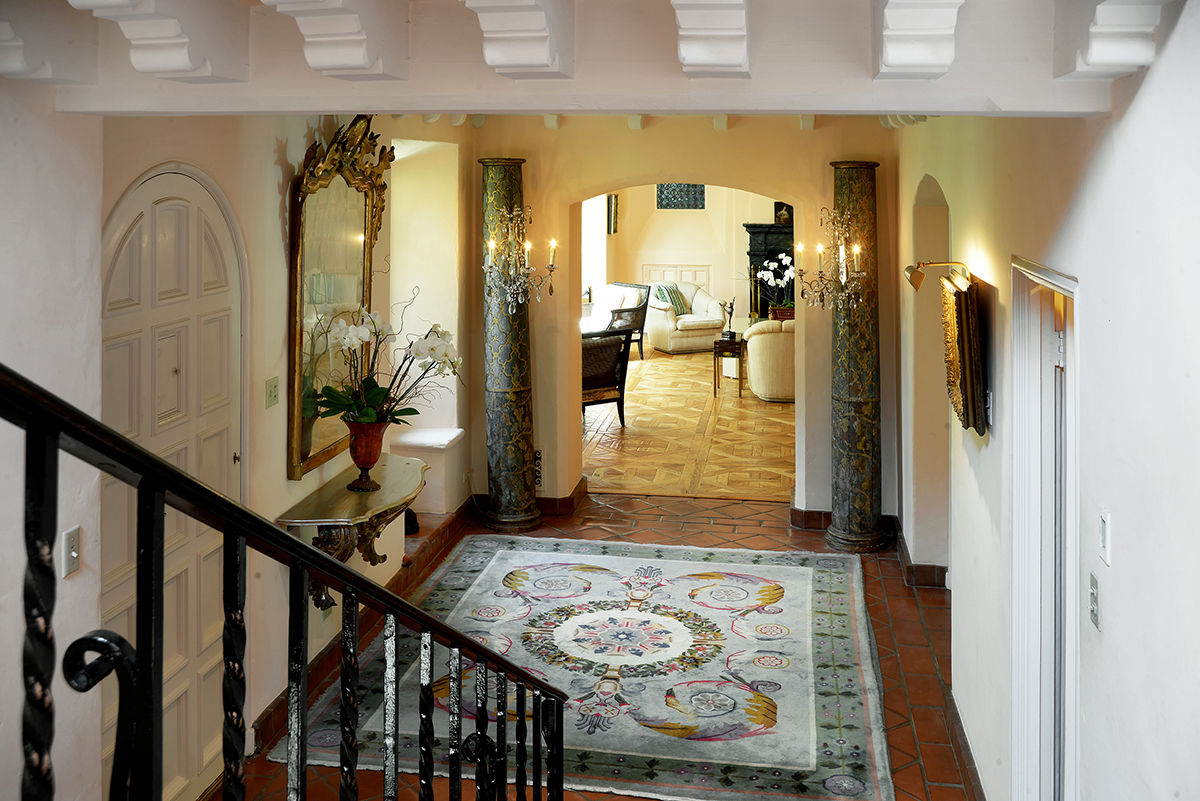 "Mitzi Gaynor's Home (Paul Barnaby/<a href=""http://www.sothebysrealty.com/eng/sales/detail/180-l-2307-20943514/610-n-arden-dri"