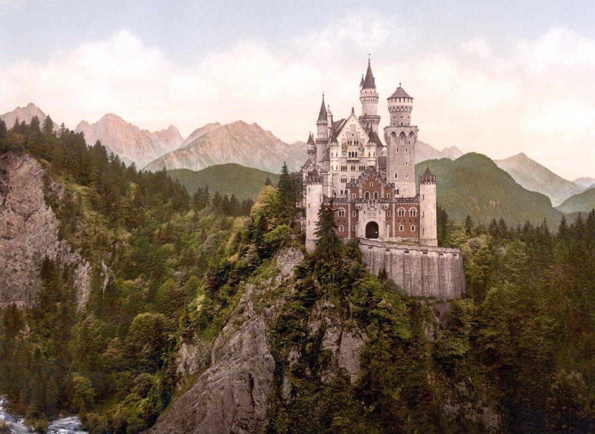 """<a href=""""http://www.trivago.com/schwangau-5005/palace--castle/schloss-neuschwanstein-15750"""">1. The Fairy Tale Castle – Neusch"""