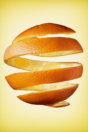 The peel contains more than four times as much fiber as the fruit inside, and more tangeretin and nobiletin -- flavonoids wit