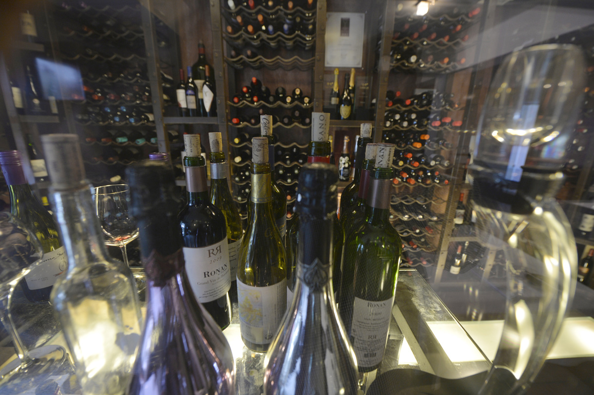When talking to the sommelier, stick to basics: red or white, sweet or dry, fat or lean, oaky or not oaky. If he starts talki