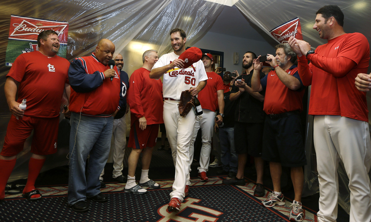 St. Louis Cardinals pitcher Adam Wainwright (50) enters the locker room after the Cardinals defeated the Pittsburgh Pirates 6