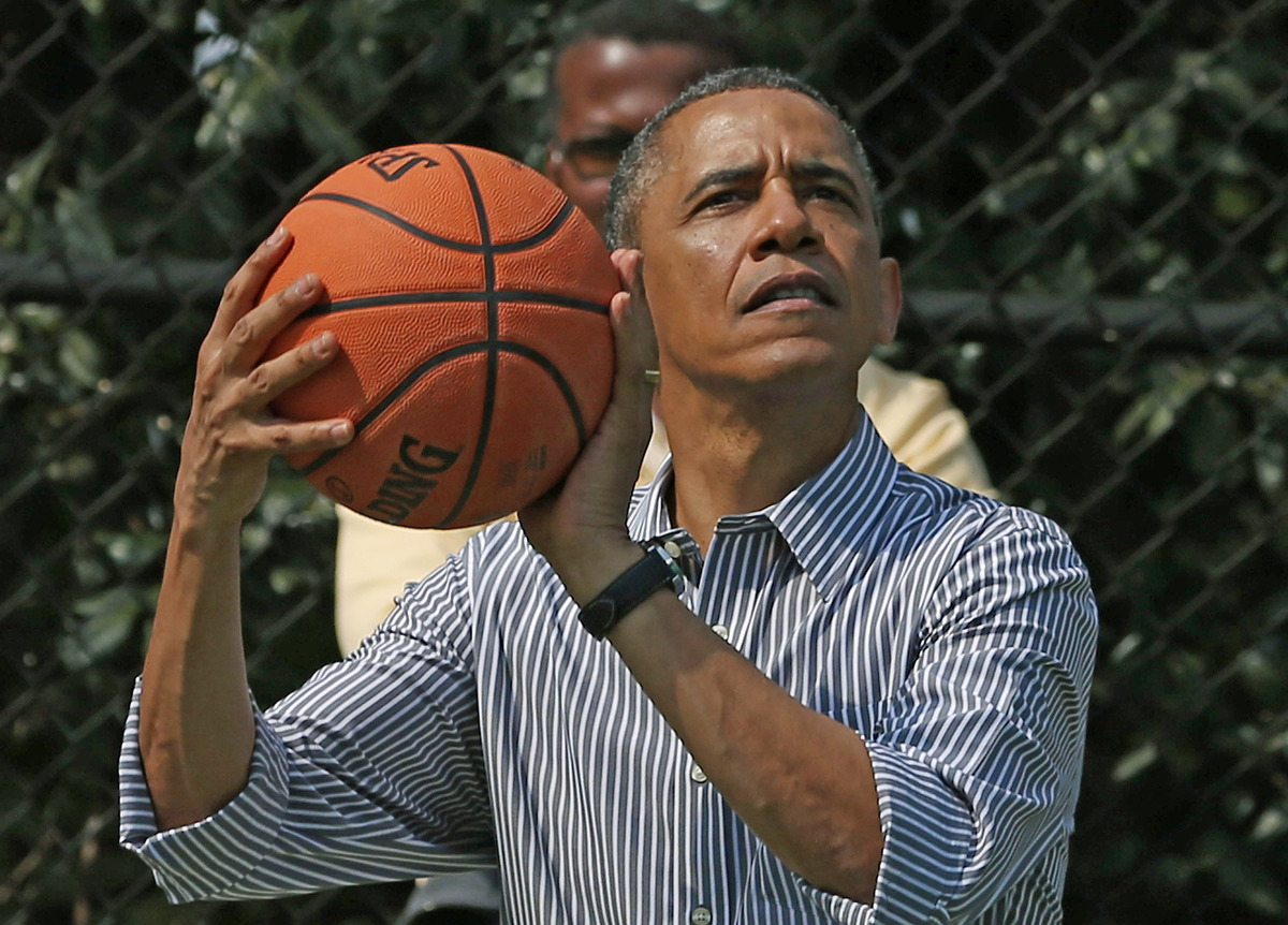 "The president <a href=""http://www.menshealth.com/mhlists/heroes_of_health_and_fitness/Barack_Obama.php"" target=""_blank"">break"