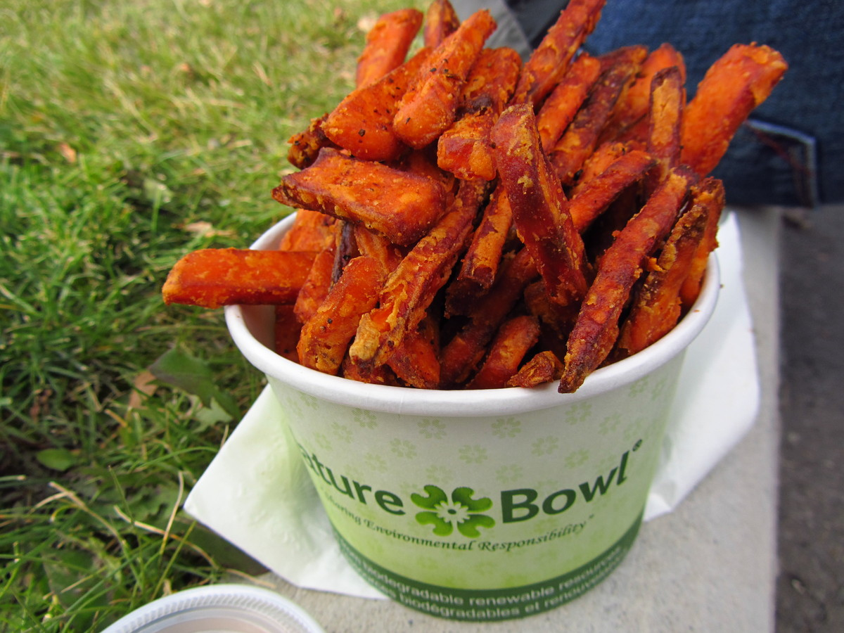 It's easy to think opting for sweet potato over regular fries is automatically a more nutritious move. And while it's true th