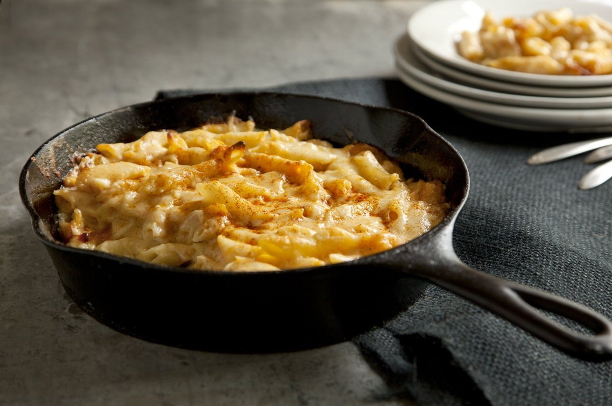 "<a href=""http://www.travelandleisure.com/articles/americas-best-mac-and-cheese/9"" target=""_hplink"">See More of America's Best"