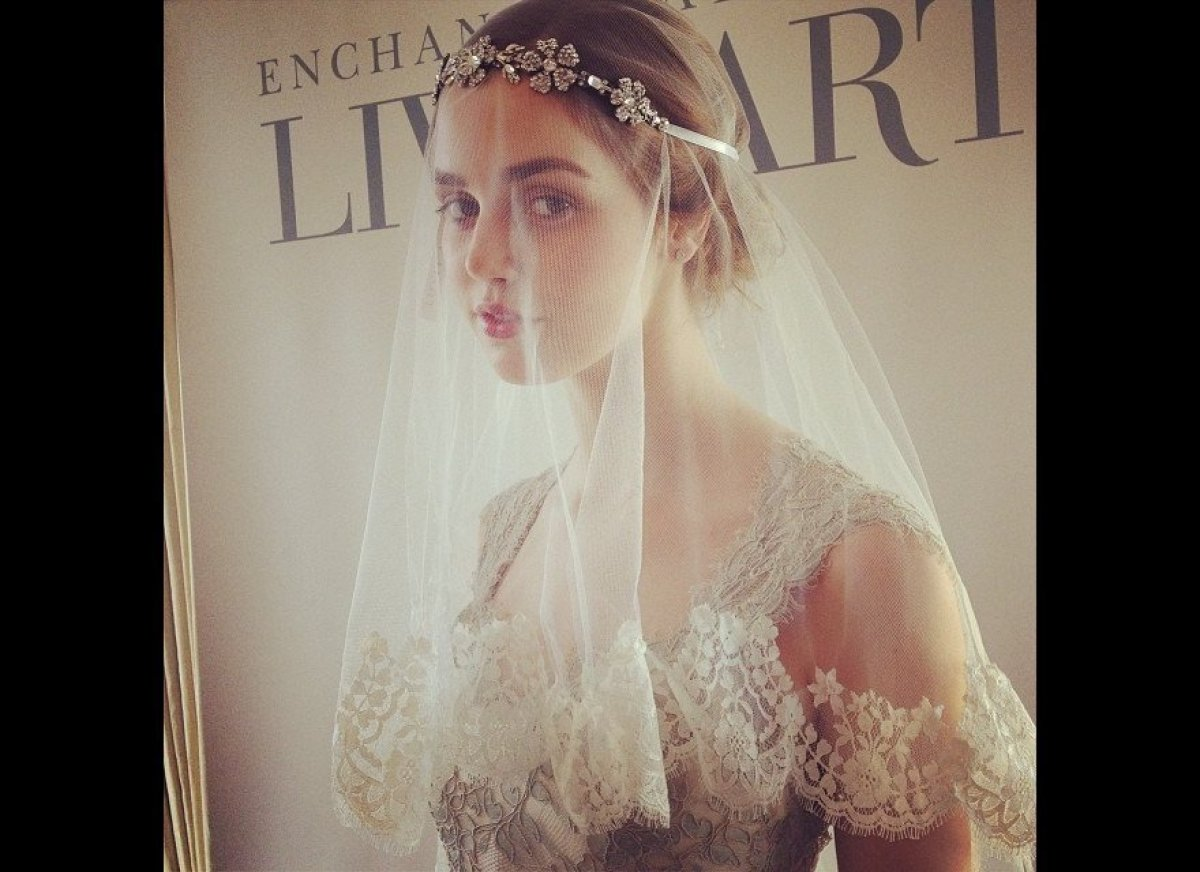 "Dreamy blusher veil by Enchanted Atelier. <br><br> Photo Credit: <a href=""http://instagram.com/bridalguide"" target=""_hplink"