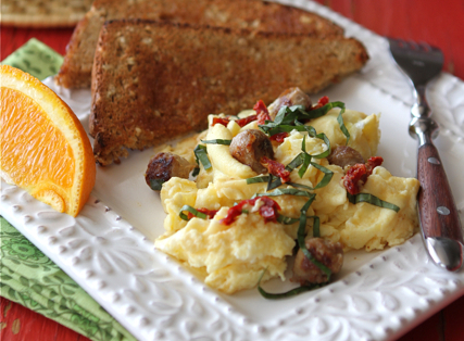 """<strong>Get the <a href=""""http://www.cookincanuck.com/2012/03/scrambled-egg-recipe-with-turkey-sausage-sun-dried-tomatoes-basi"""