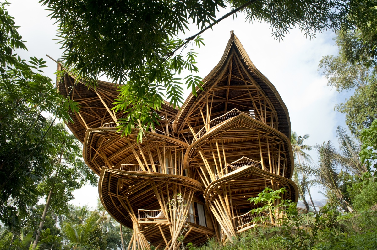 "Bamboo House  (<a href=""http://www.riohelmi.com/"">Rio Helmi</a>,<a href=""http://greenvillagebali.com"">Green Village</a>)"