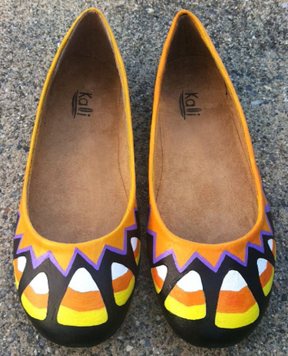 "<em><a href=""https://www.etsy.com/listing/163303741/halloween-candy-corn-shoes?ref=sr_gallery_33&ga_search_query=candy+corn&g"