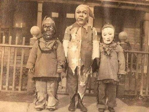 23 Vintage Halloween Photos That Will Give You Nightmares | HuffPost