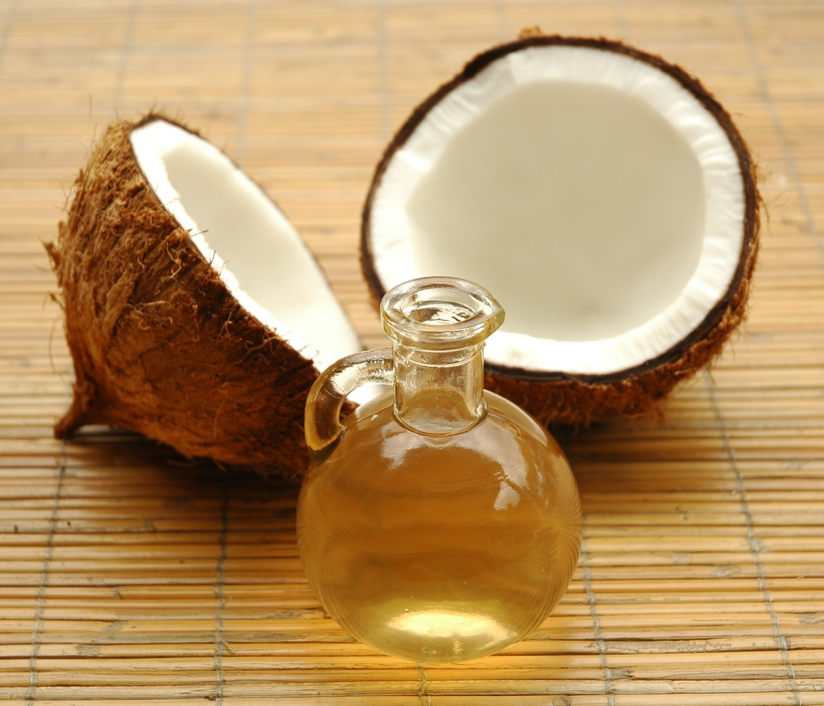 "Coconut oil got its bad reputation in part because of its use when hydrogenated. <a href=""http://www.naturalnews.com/024694_o"
