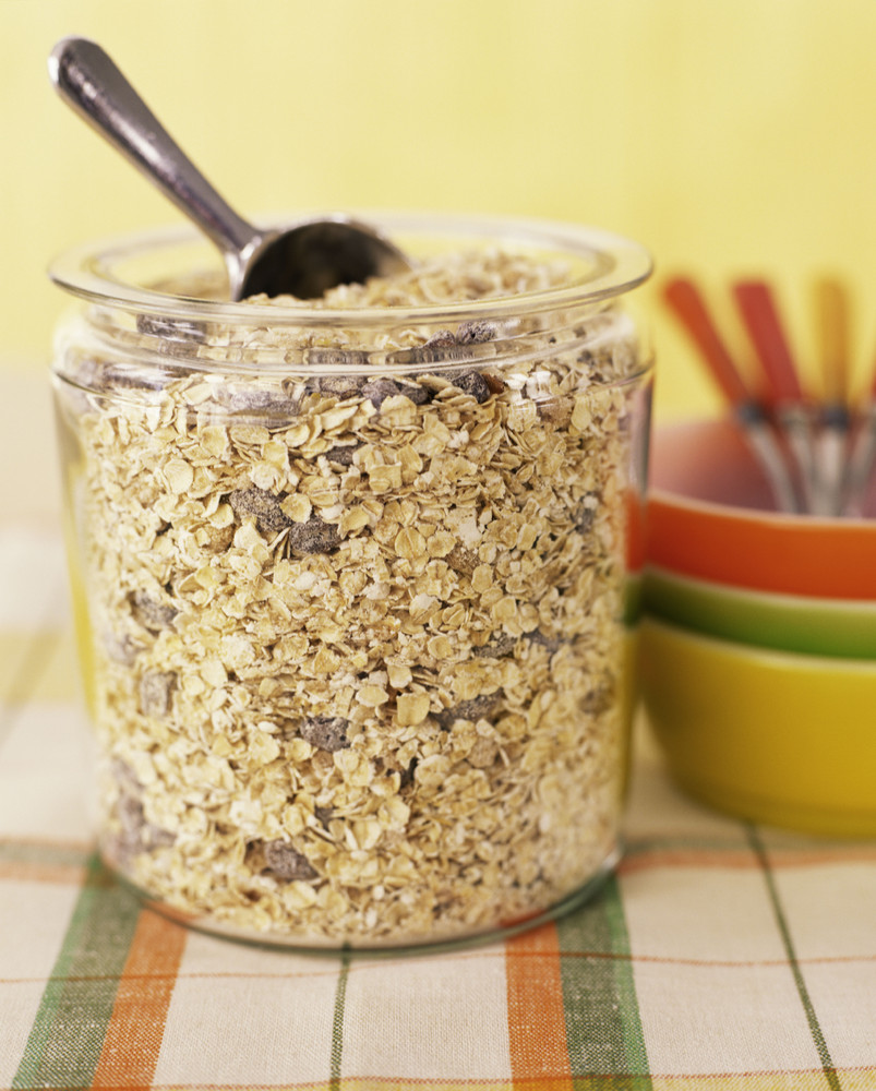 Each serving costs less than 20 cents when you buy plain, dry oats in big canisters.