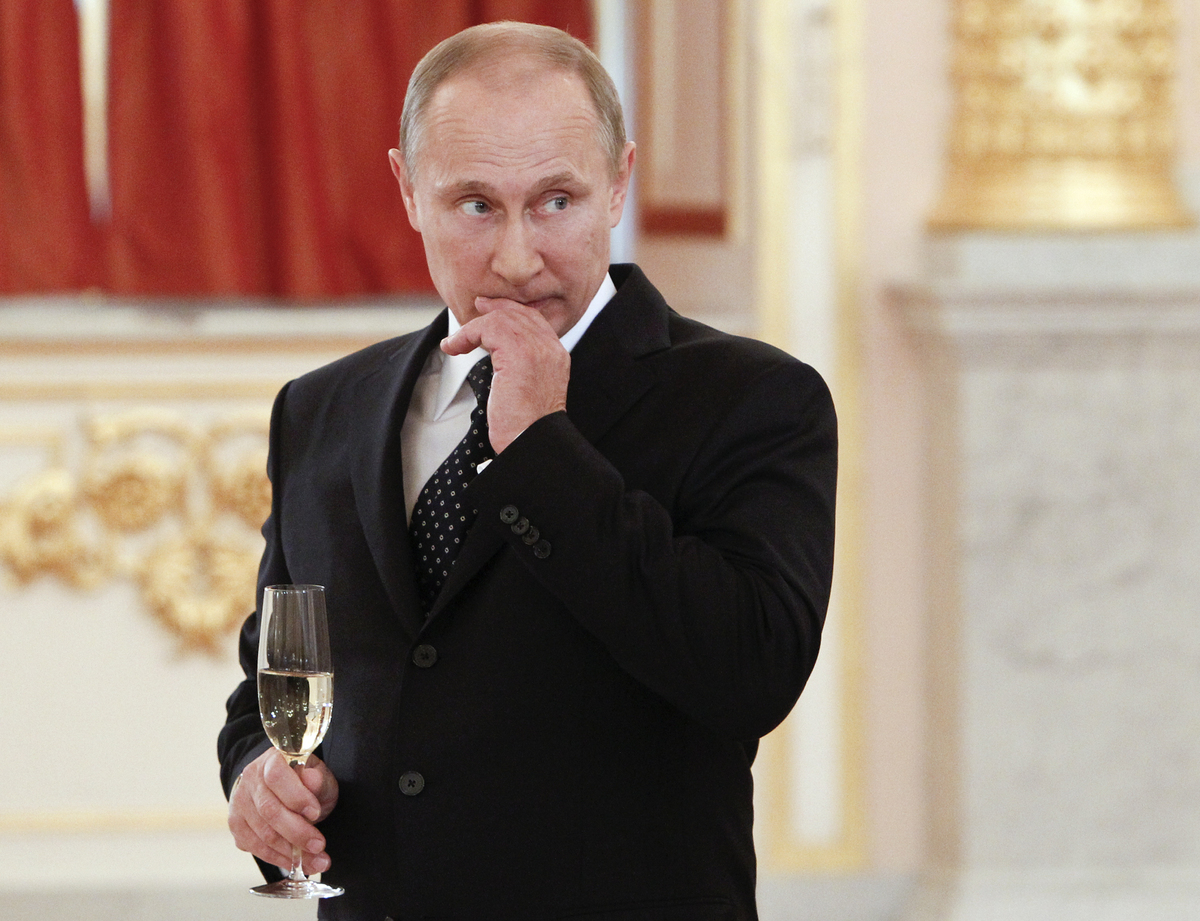 """<br>Putin is believed to be worth between <a href=""""http://www.bloomberg.com/news/2013-09-17/vladimir-putin-the-richest-man-on"""