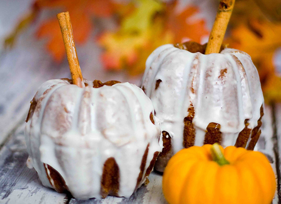 "<strong>Get the <a href=""http://sweetcsdesigns.com/archives/6033"">Pumpkin Bread Mini Pumpkins recipe</a> by Sweet C's Design<"