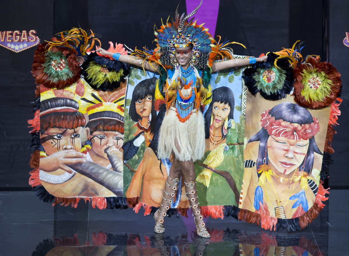 Miss Brazil Jakelyne Oliveira presents her outfit, during the national costume show at the 2013 Miss Universe pageant in Mosc