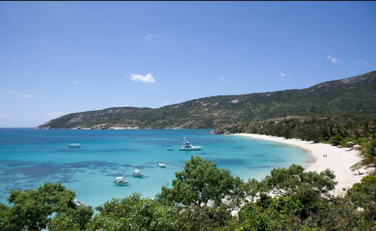 As a country completely surrounded by water, it's no surprise that Australia is home to many of the world's best beaches. It'