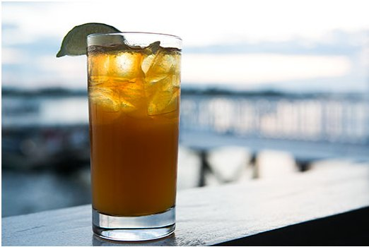 """<strong>Get the <a href=""""http://www.simplyrecipes.com/recipes/dark_and_stormy/"""" target=""""_blank"""">Dark and Stormy Recipe</a> by"""