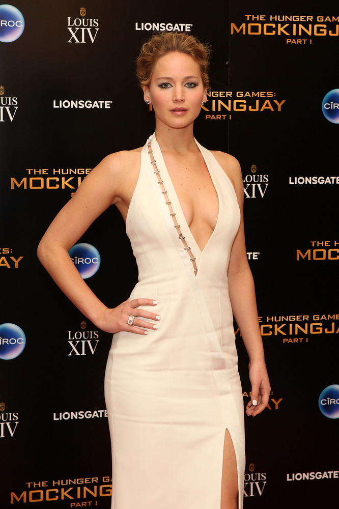 LONDON, ENGLAND - NOVEMBER 10:  Jennifer Lawrence attends an after party following the World Premiere of 'The Hunger Games: M