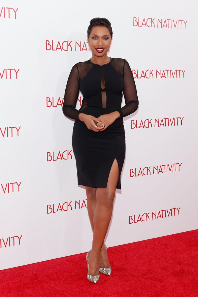 NEW YORK, NY - NOVEMBER 18:  Recording artist Jennifer Hudson attends the'Black Nativity' premiere at The Apollo Theater on N