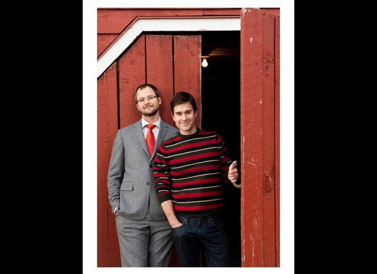 It's <em>Green Acres</em> for the new millennium: An urban couple—writer Josh Kilmer-Purcell (left) and former Martha Stewart