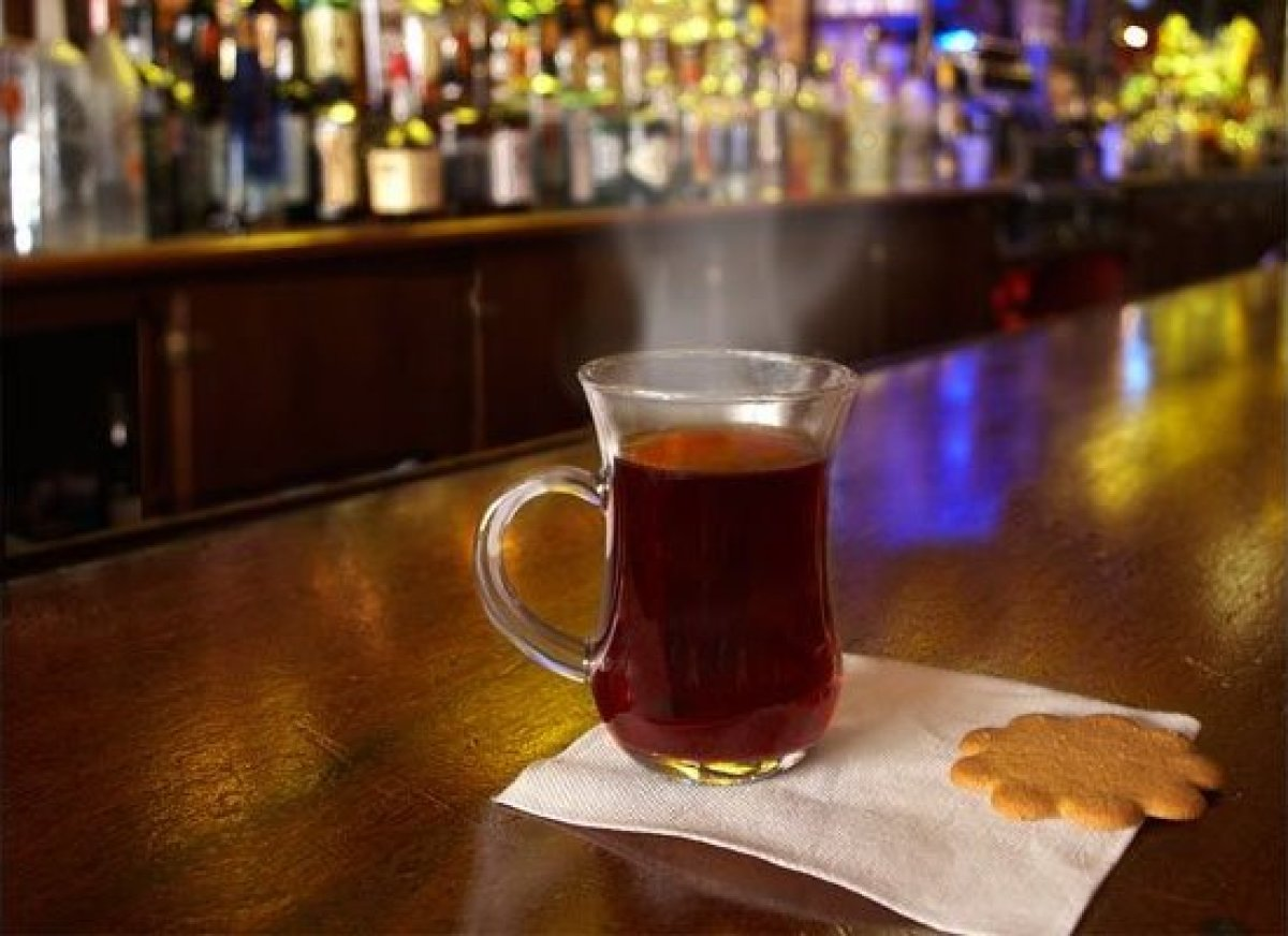 (Image courtesy of Pete Maloy for Simon's Tavern)  Glögg us similar to mulled wine but  with origins in Scandinavia. Pronou