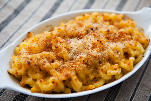 """<strong>Get the <a href=""""http://www.simplyrecipes.com/recipes/civil_war_macaroni_and_cheese/"""">Civil War Macaroni and Cheese r"""
