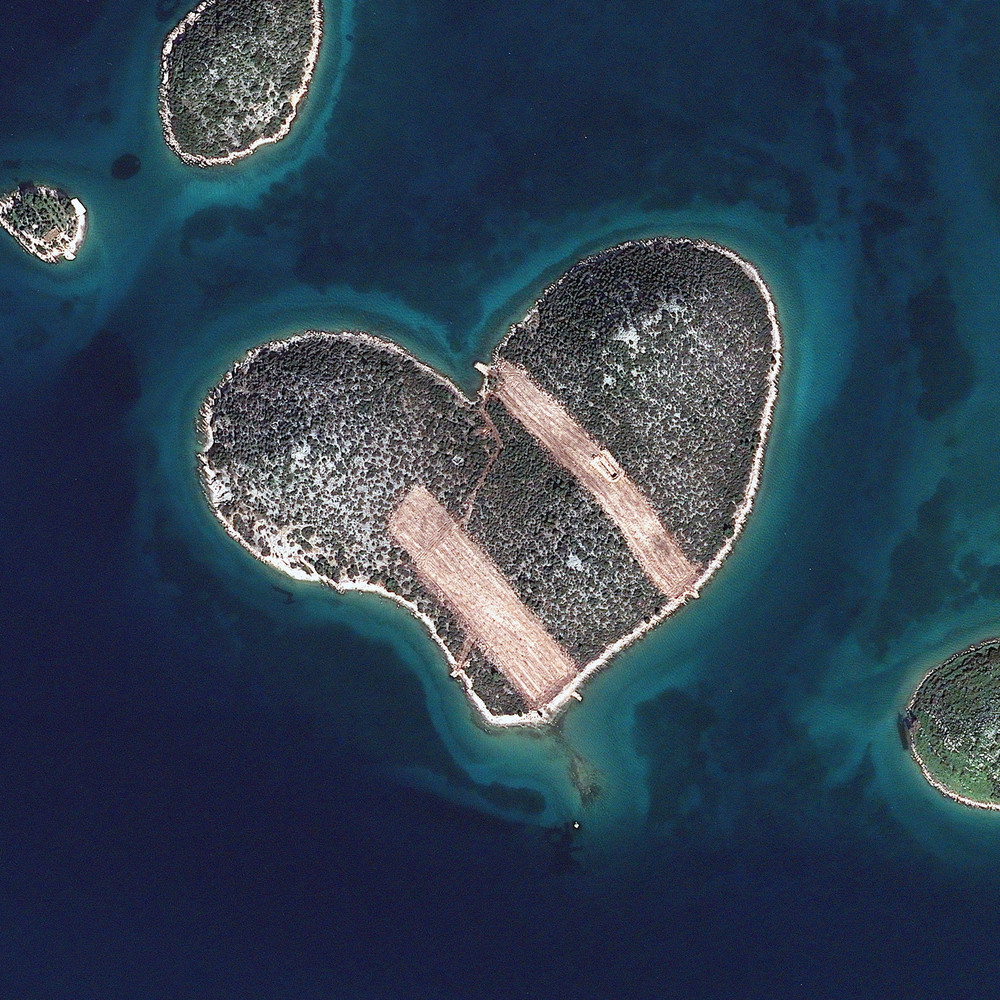 Amazing Photographs Of Earth Taken From Space HuffPost - World from satellite