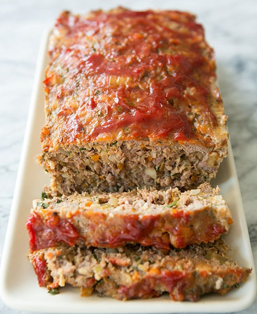 """<strong>Get the<a href=""""http://www.simplyrecipes.com/recipes/classic_meatloaf/"""" target=""""_blank""""> Classic Meatloaf recipe</a>"""