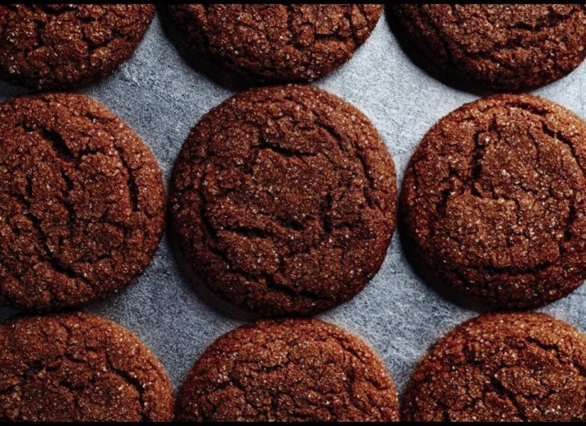 <em>Molasses keeps these cookies magically fresh and chewy for days.