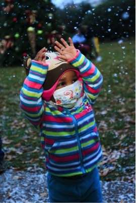 """On Monday, Dec. 2, 2013, Children's Healthcare of Atlanta teamed up with a special effects company to make it """"snow"""" on its t"""