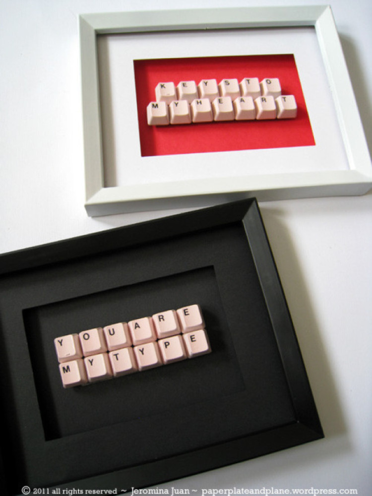 45 awesome diy gift ideas that anyone can do photos huffpost use old keys from a keyboard to create a hrefhttp solutioingenieria