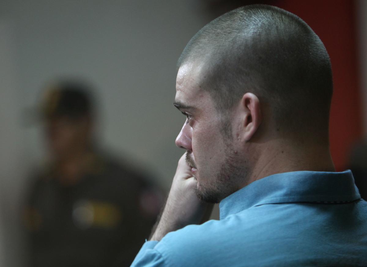 Joran van der Sloot attends the continuation of his murder trial at San Pedro prison in Lima, Peru, on Jan. 11, 2012.  Van de