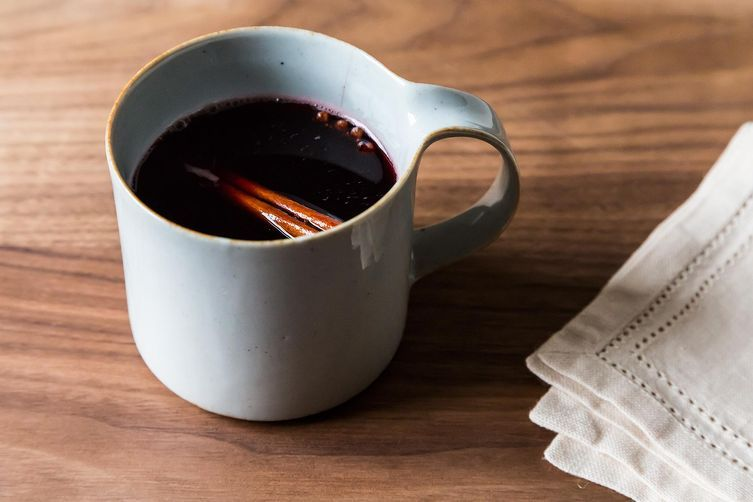 """<strong>Get the <a href=""""http://food52.com/recipes/19886-honey-pomegranate-mulled-wine"""" target=""""_blank"""">Honey-Pomegranate Mul"""