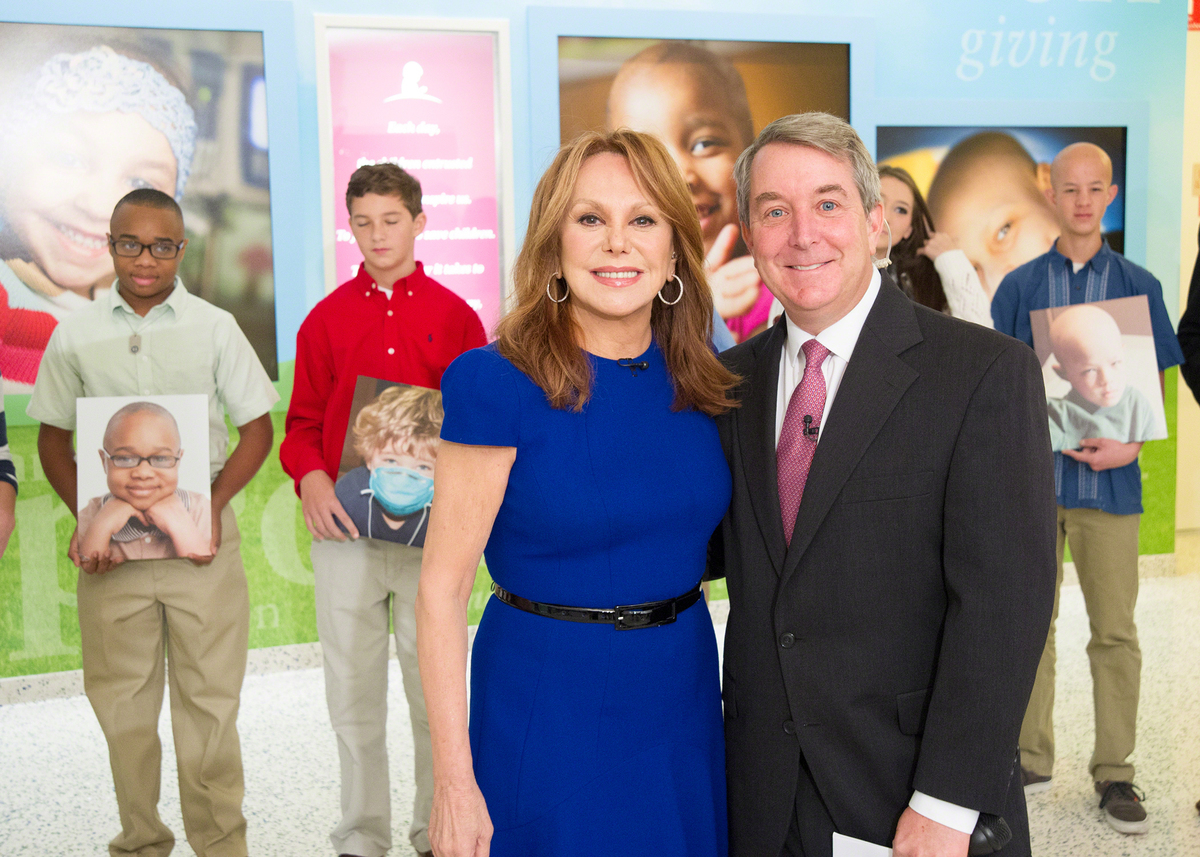 TODAY show correspondent Kerry Sanders joined me at St. Jude for the 10th Anniversary of our Thanks and Giving campaign with