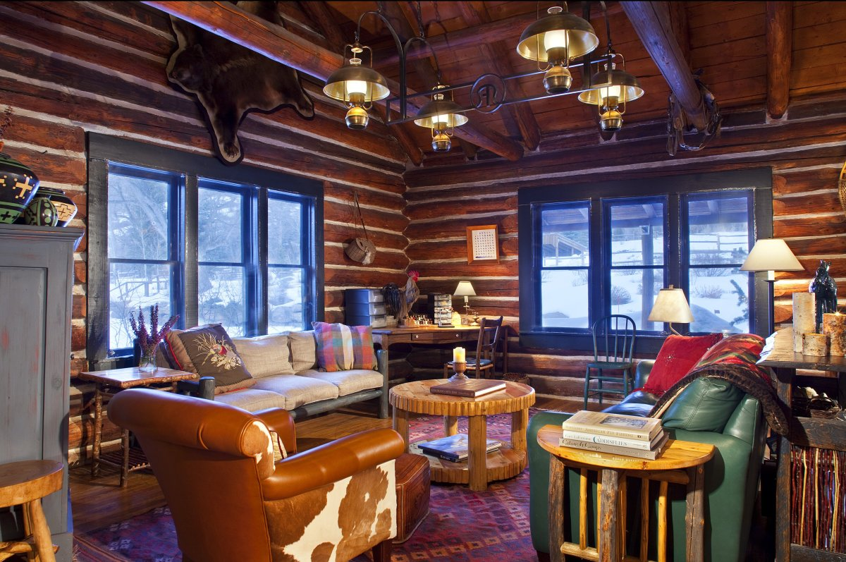"""<a href=""""http://www.departures.com/slideshows/10-top-guest-ranches/8"""" target=""""_hplink"""">See More Top Guest Ranches</a><br><br>"""